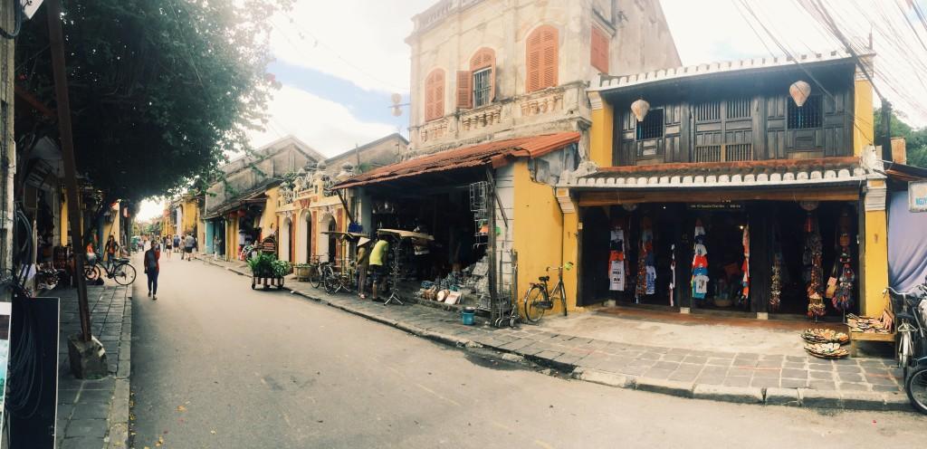Street shot - Hoi An